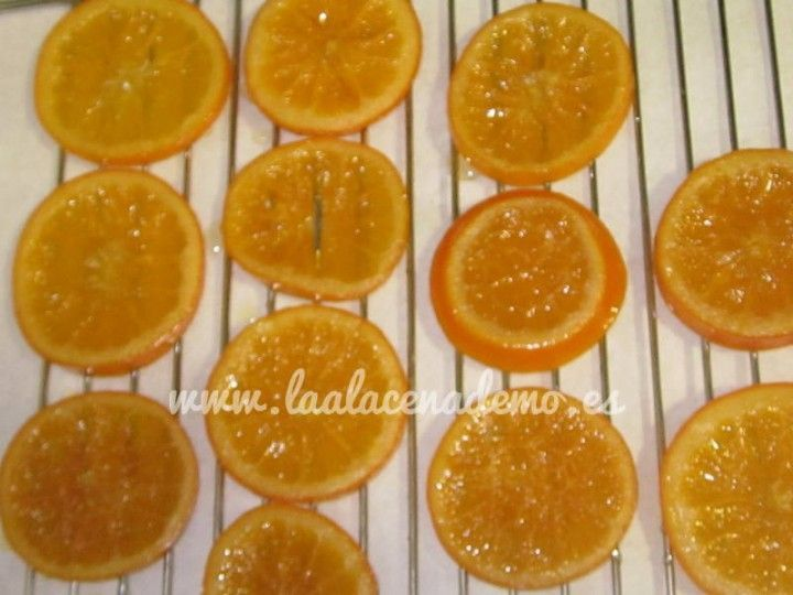 Naranjas confitadas