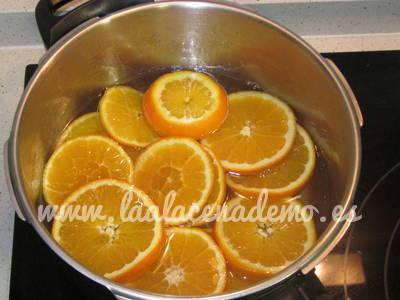 Paso 2: poner en una olla todos los ingredientes