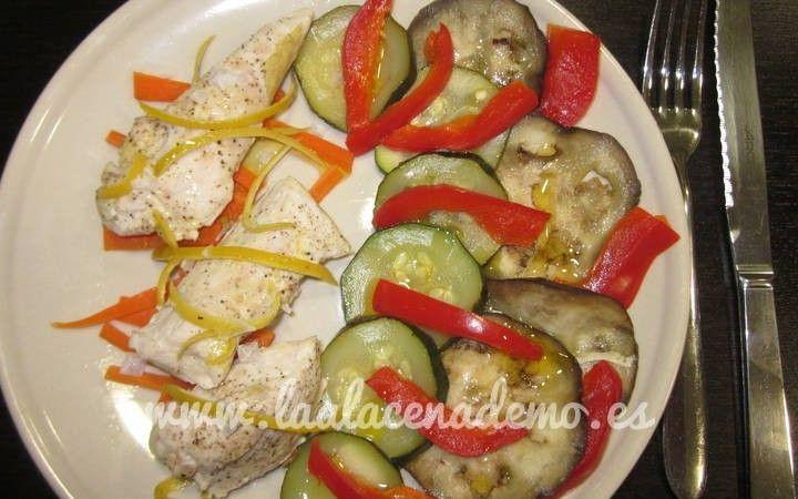 Pollo al limón con verduras al vapor