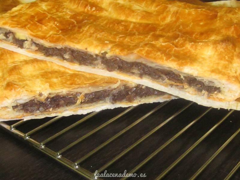 Empanada De Morcilla Y Manzana