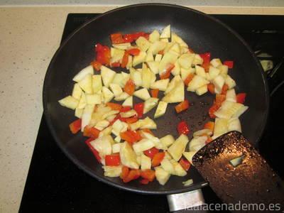 Paso 3: rehoga el calabacín y el pimiento