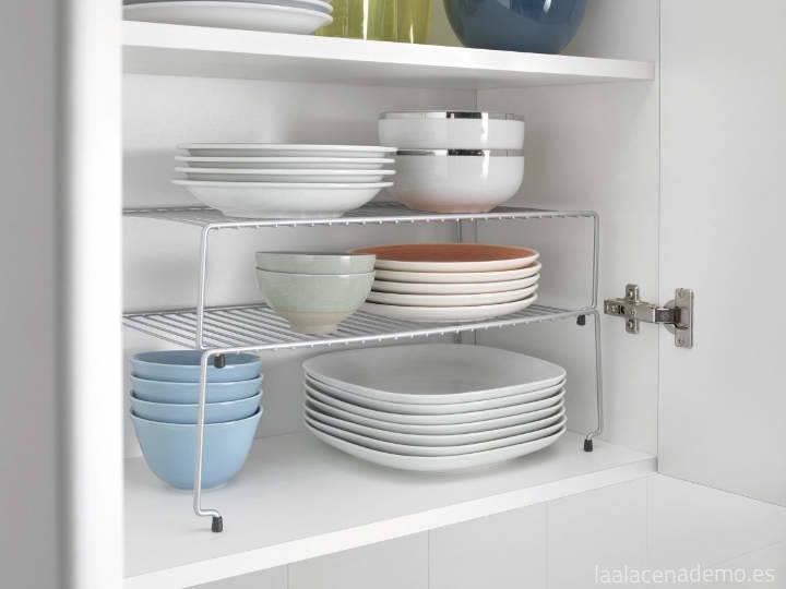 5 ideas para organizar armarios y cocina la alacena de mo for Accesorios para interiores de armarios de cocina