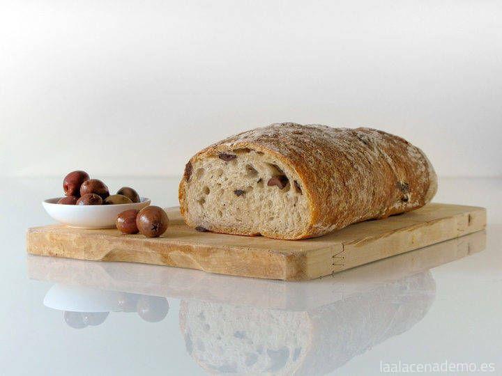 Pan de aceitunas negras con Thermomix
