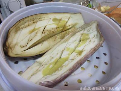 Paso 2: berenjenas ya cocinadas en microondas