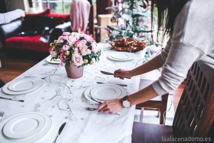 Cómo montar una mesa de 10 para tus invitados