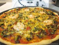 Pizza de verduras y gambas con Thermomix